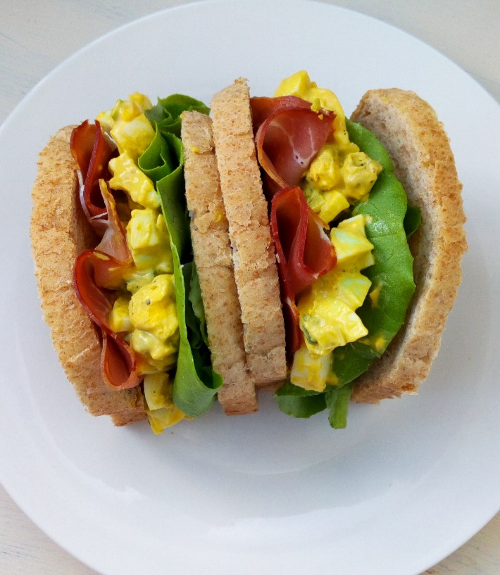 salata de oua cu maioneza sandwich