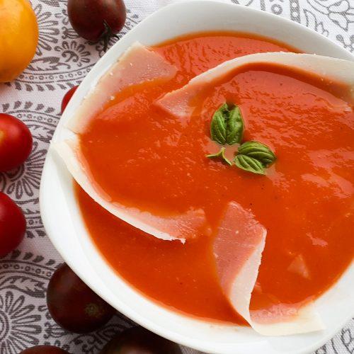 supa crema de rosii cu busuioc si parmezan