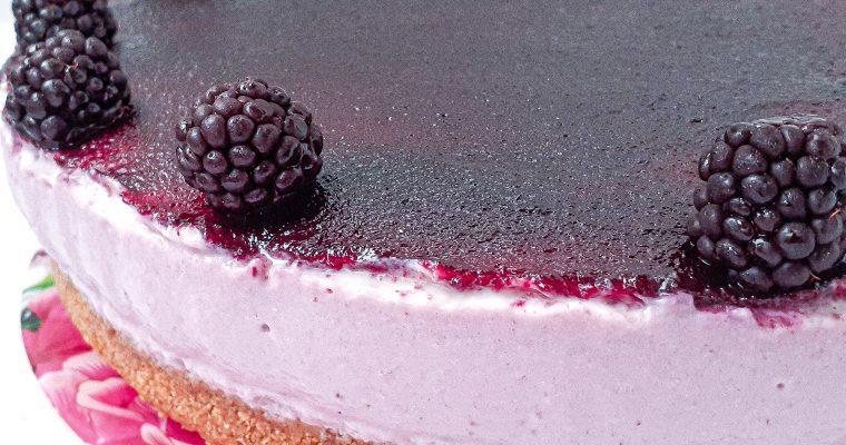 Cheesecake cu mure și ricotta
